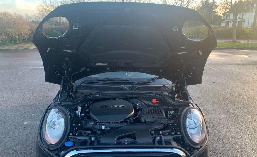 MINI Hatch 1.5 Cooper Seven Auto (s/s) 3dr